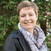 Debbie  Newbould