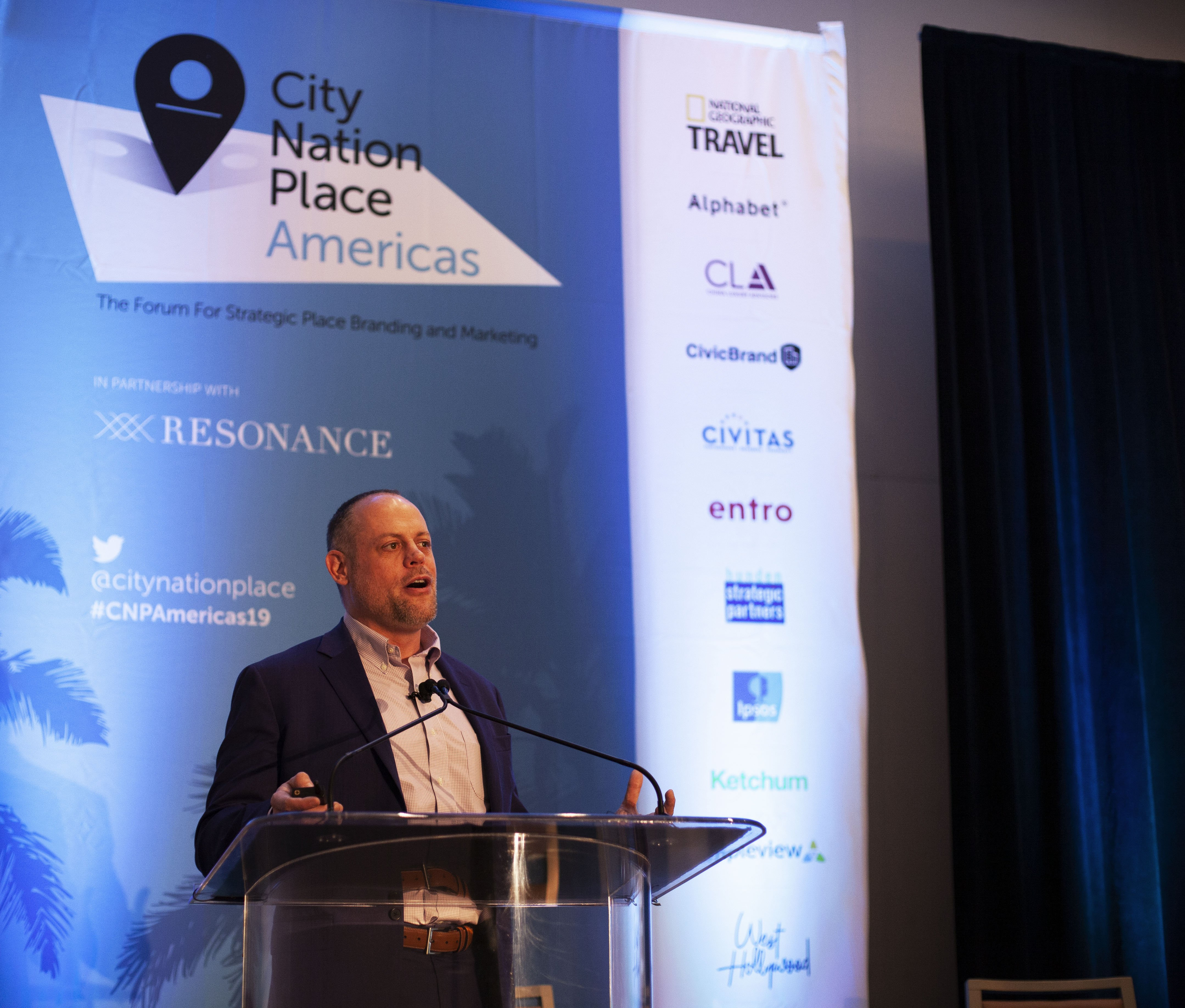 Photo of Rob Hunden, CEO, Hunden presenting at City Nation Place Americas 2019