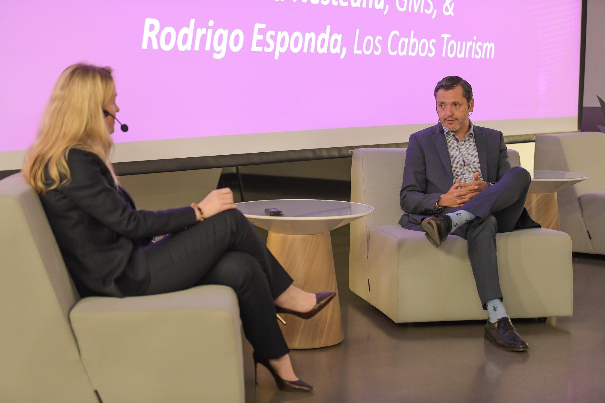 Rodrigo Esponda speaks with Laura Nesteneau