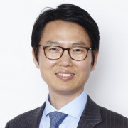 Shin  Kim