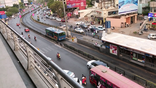 Intelligent Transportation Systems - Smart City Ahmedabad gets IoT-driven buses