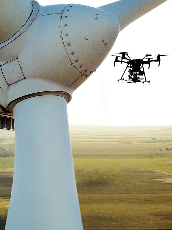 How autonomous drones, AI and big data shape the future of blade O&M