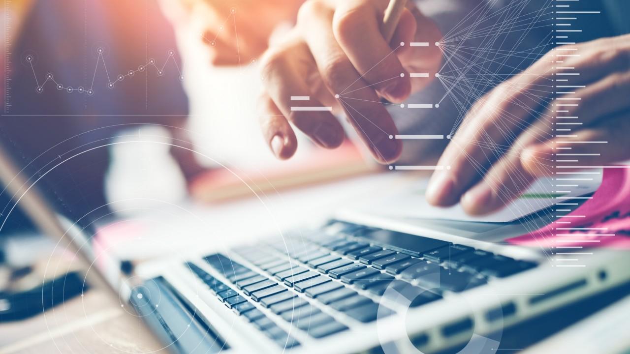 How did Telefónica achieve continuous HR process improvement?