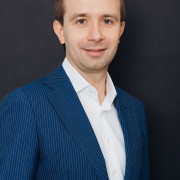 Dr Rafal Rzeszotarski